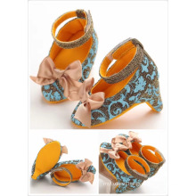 New arrival kid shoes little girls High heels Fancy girls party shoes Bow-knot ladies child Sandals shoes New arrival kid shoes little girls High heels Fancy girls party shoes Bow-knot ladies child Sandals shoes