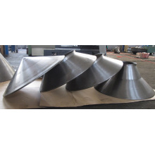 Usine professionnelle de pièce en métal concevant des pièces pour le filage en métal