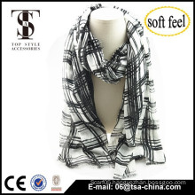 2015 fashionable design for men and women white black print checked100% acrylic scarf thin oversize shawl