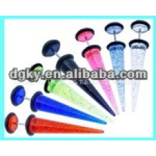 Piercing de oreja de acero quirúrgico con muchos tapones de colores