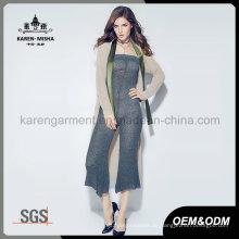 Kundenspezifische Logo-Muster-Frauen-stilvolle gestrickte lange Wolljacke