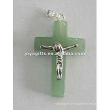 Pingente de Cruz de Pedra Aventurina Verde com Jesus