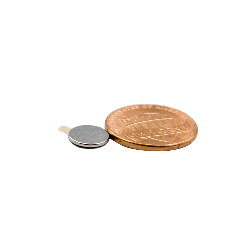 Round Magnet With Adhesive Tape 10