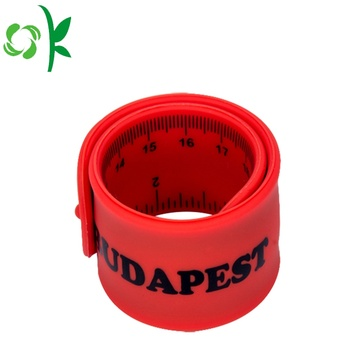 Red Slap Bracelet Silicone in Wriststrap với người cai trị