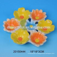 Прекрасная керамическая пасхальная пластина из цветочной керамики