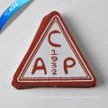 Parche tejido del triángulo del logotipo de la marca del precio de fábrica