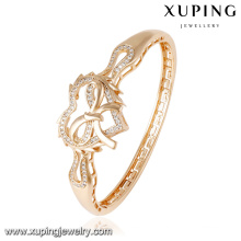 50848 Fashion Charm CZ Heart-Shaped 18k Gold-Plated Jewelry Bangle