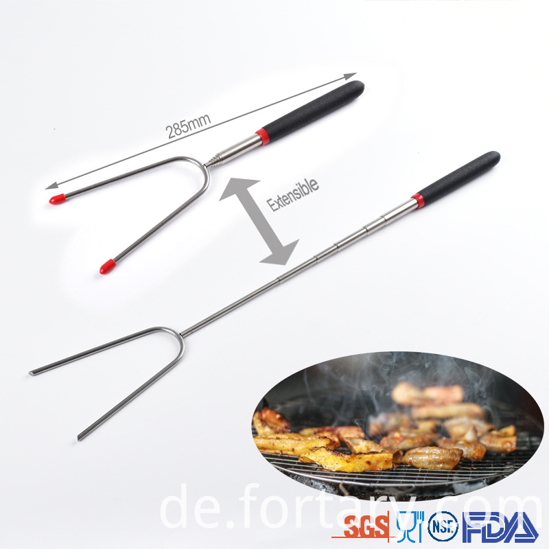 Extendable Bbq Grilling Hot Dog Fork