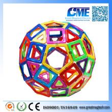 Kreatives Intellektuelles Weihnachtsspielzeug mit Magneten