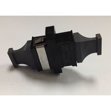 Adaptateur de fibre optique noire à capuchon noir MPO