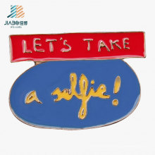 De boa qualidade Emblema de nome feito sob encomenda do metal do logotipo do Pin do esmalte para a promoção