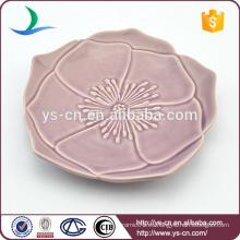 Plato de cerámica de diseño de flores para la decoración