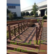 Os trilhos impermeáveis anti-UV de WPC altamente Workable projetaram Guardrails