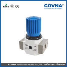 Sistema de tratamento de ar de separador de água utilizado no compressor de ar