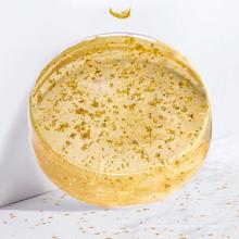Sabonete de ervas essenciais feito à mão em ouro 24K
