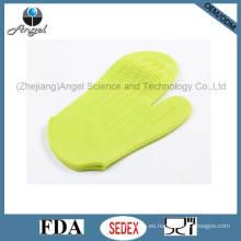 Manopla del horno del silicón resistente al calor Material respetuoso del medio ambiente Sg12
