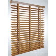 Stores vénitiens en bois naturel de bonne qualité