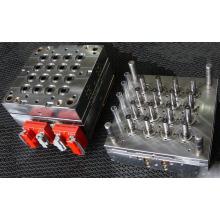 Modelagem por injecção plástica do tubo reto quente do corredor dos PP 16cavity