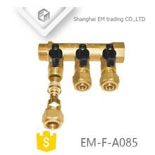 EM-F-A085 Raccord de chauffage d'eau de plancher en laiton 3 voies collecteur pour la Russie