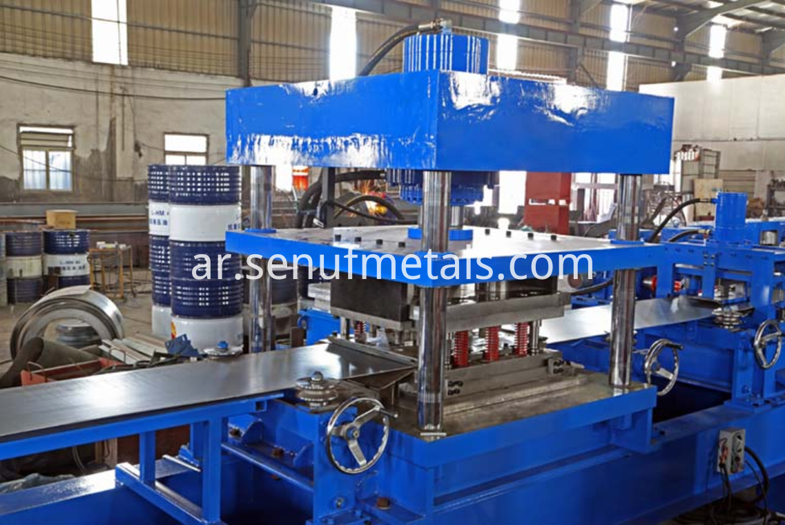 highway guardrail forming machine punching press