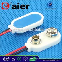 Alta calidad DCK11 I-Type Plastical Soft Leather18650 / CR2023 / 9V / titular de la batería a prueba de agua con conductores de alambre