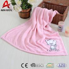 cobertor de bebê bordado