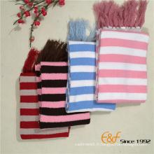 Longue écharpe tricotée chaude pour femme avec des glands