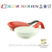 Wholesale ceramic bulk items, cheap houseware, spoon shape enamel bowl