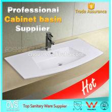 Bassins en céramique de salle de bains pour le Cabinet