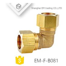 EM-F-B081 Olvídese de la conexión de tubería de codo de compresión de latón