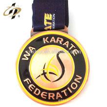 Médaille de la Fédération de sport en métal de conception de karaté de bronze en alliage de zinc personnalisé