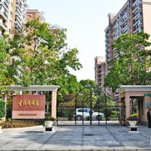 Agente imobiliário japonês no Parque Ágata de Xangai