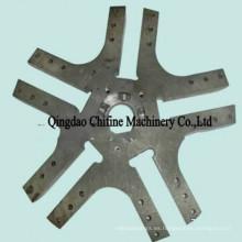 CNC que trabaja a máquina las piezas de maquinaria forjadas de la agricultura del acero