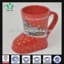 M055 cerámica linda taza de color rojo al por mayor