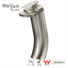 Haijun Itens Populares 0.1 ~ 1.6MPa Deck-Mounted Single Hole Bath Sink Faucet