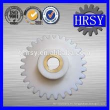 Plástico / POM / Nylon piñón M5 con casquillo de latón