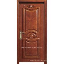 Luxuriöse geschnitzte Tür