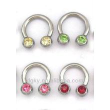 Barbells de moda de acero inoxidable piercing circular con gema