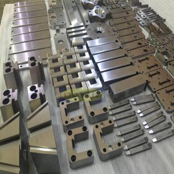 Schleifen von Präzisionsformkomponenten Sinker EDM quadratische Platte