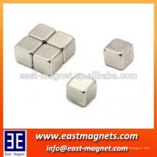 N45 quadratischer Sintermagnet für Trenner