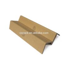 Протектор углов коробки коричневой бумаги