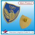 Custom Soft Esmalte insignia en buen efecto para el diseño libre