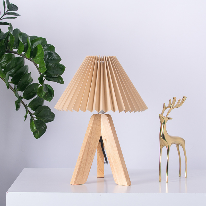 Applicntion Brown Table Lamp