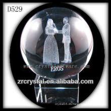 Crystal Ball con parejas grabadas con láser