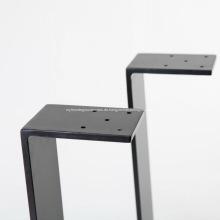 Schreibtischfüße aus massivem Stahl