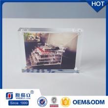 Подгоняйте подарок подарка освобождают акриловую магнитную рамку фото 4X6