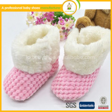 2015 heiße Verkauf Häkelarbeit strickende rosafarbene reizende weiche alleinige warme Baby-preiswerte Schneeaufladungen