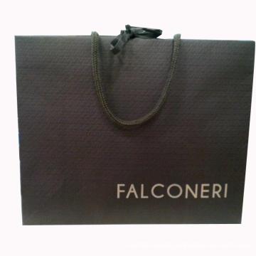 Saco de compras de papel com logotipo na tela de seda