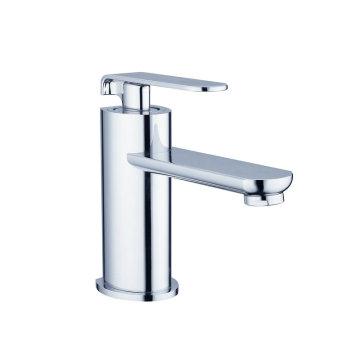 Sanitärkeramik-Serie Armaturen mit Küchenbecken Badewanne Dusche und Bidet
