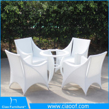 Im Freien weißer Sitzplatz des Weiß-Rattan-4